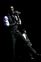 Boyz II Men at The Sandler Center 10-19-12 Photo credit D Beloff 212