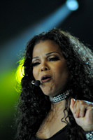 Janet Jackson at Portsmouth Amphitheater 8-9-11-Photo credit David Beloff 2011-08-09 027