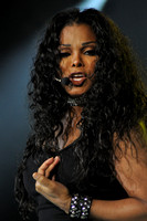 Janet Jackson at Portsmouth Amphitheater 8-9-11-Photo credit David Beloff 2011-08-09 030